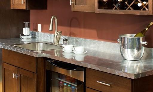 Ламинированная столешница - доступный и практичный вариант для кухни