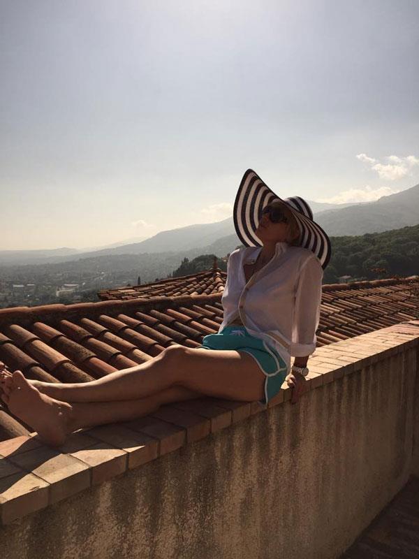 1-2-chateau-saint-martine-me-roofs