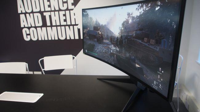 Лучший игровой монитор - Alienware AW3418DW