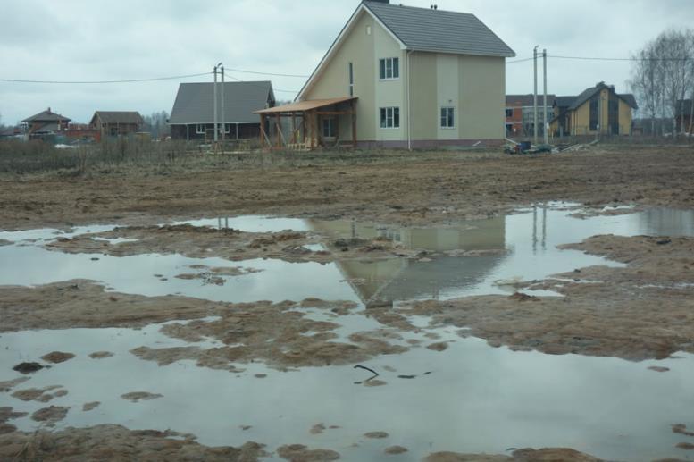 глинистая почва задерживает воду