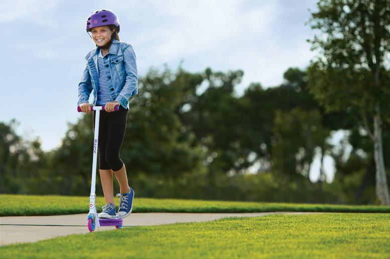 Спортивные самокаты Razor для юных девушек от 7-10 лет