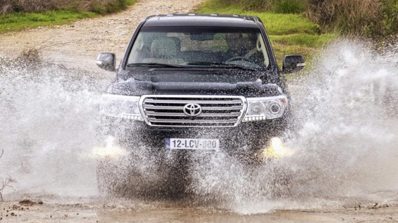 Toyota Land Cruiser V8 (URJ200) '2012–15а