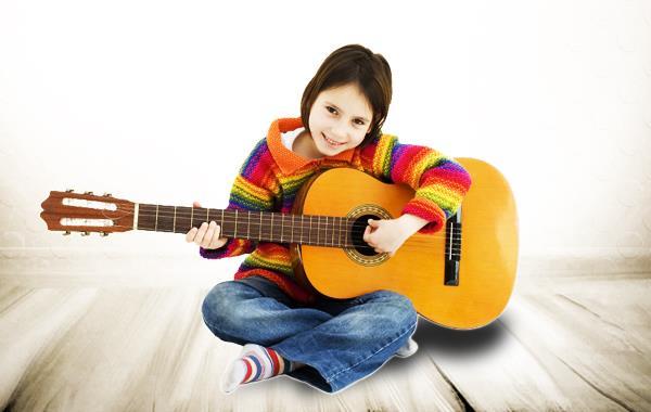 Лучшие уменьшенные гитары для вашего ребенка
