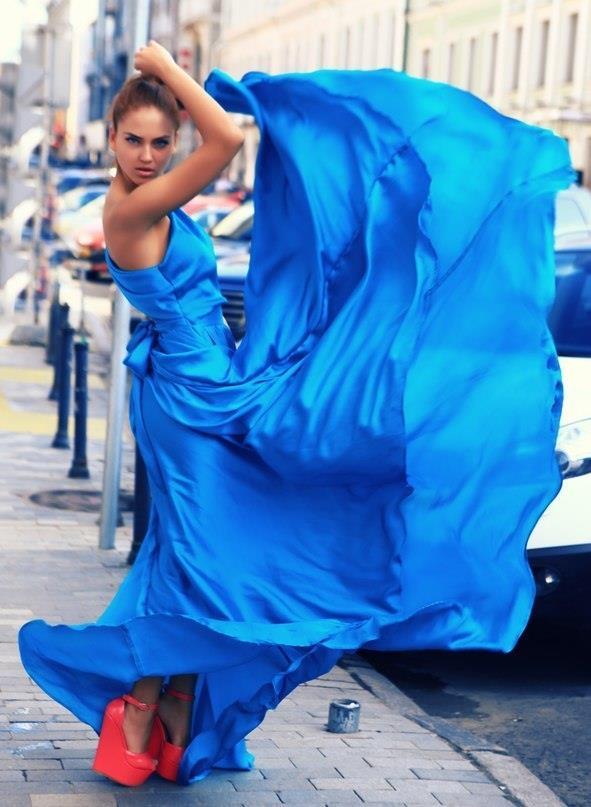 Психология синего цвета в одежде