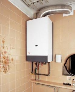Фото установленного газового водонагревателя