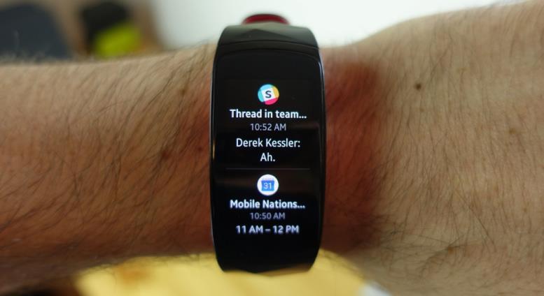 Samsung-Gear-Fit2-Pro-