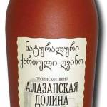 Полусладкое вино «Алазанская долина»
