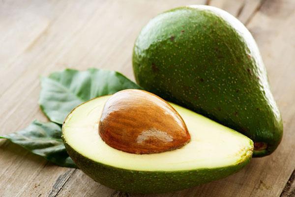 хороший спелый авокадо