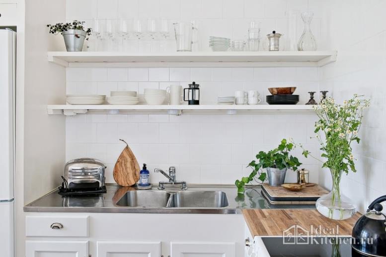 Кухни с открытыми полками в разных стилях