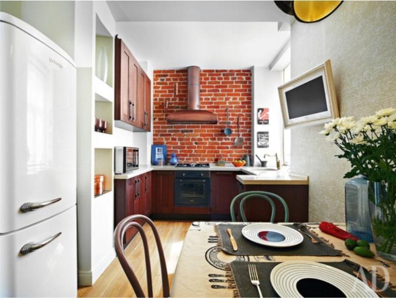 Красно-бежевая кухня в стиле лофт