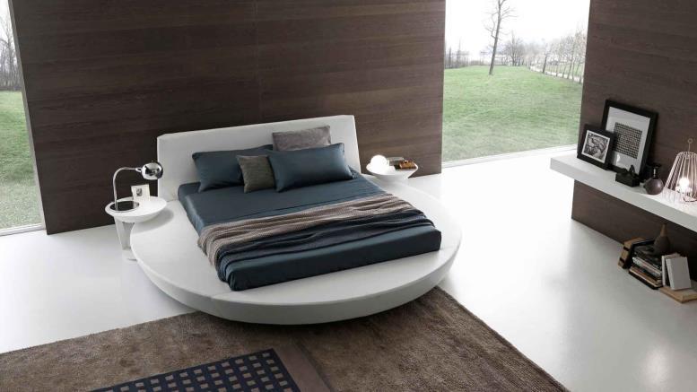 Спальня-гостиная с круглой кроватью