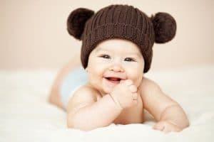Выбираем шапку для новорожденного