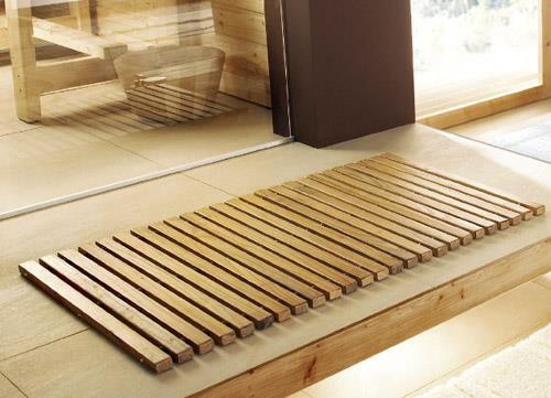 Коврик из натурального дерева для ванной комнаты