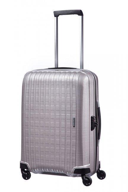 Из какого материала выбрать чемодан?