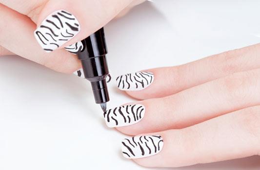Дизайн ногтей фотография