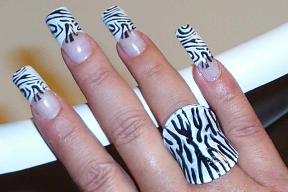 """Дизайн ногтей """"Зебра"""""""