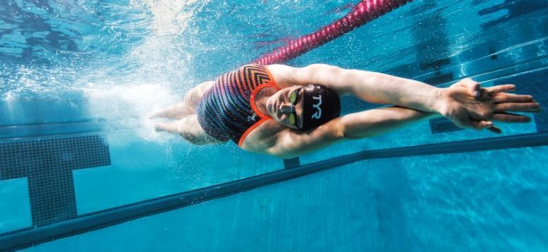 Как выбрать бассейн для плавания и начать заниматься