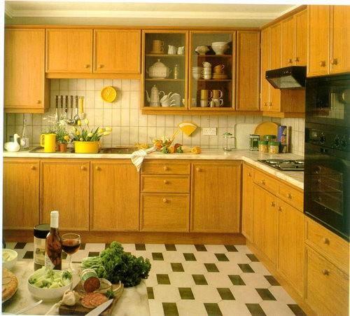 Красивый и недорогой линолеум - удачный выбор для кухни