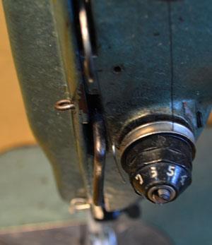 Компенсационная пружина швейных машин