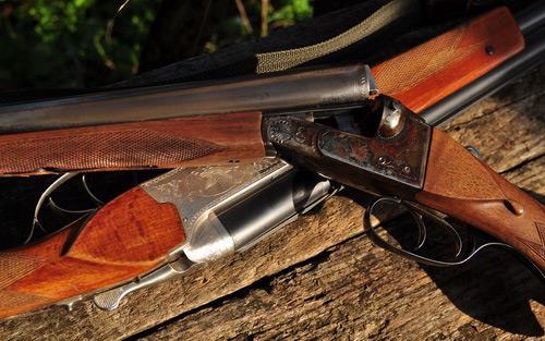 Два охотничьих ружья
