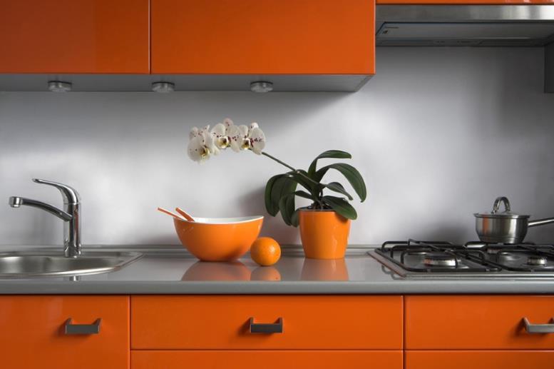 Стеновые панели для кухни украшают интерьер