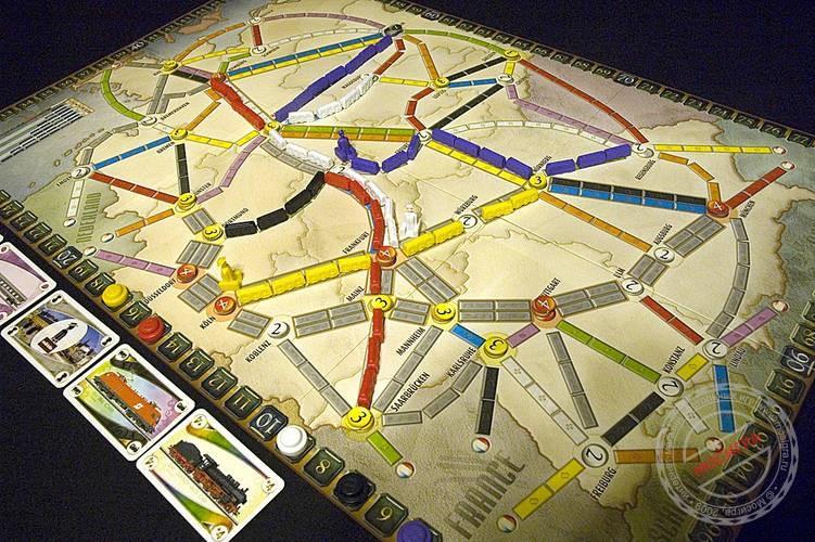В какую поиграть игру -билет на поезд