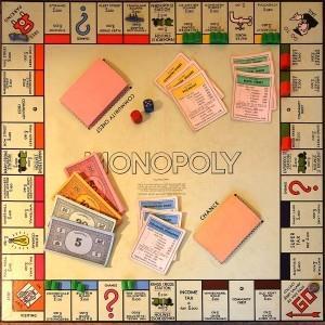 В какую поиграть игру - монополия