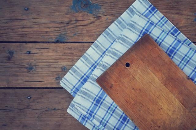 Лучшие современные материалы для разделочных досок — бамбук и каучуковое дерево гевея