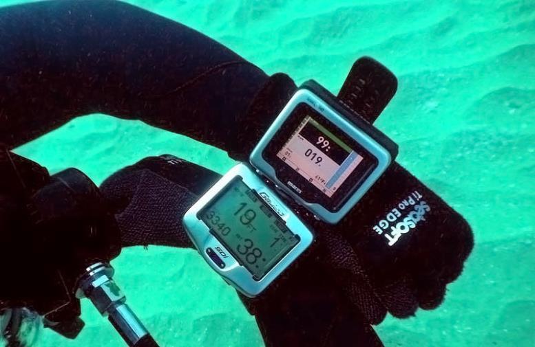 компьютер для дайвинга и подводной охоты