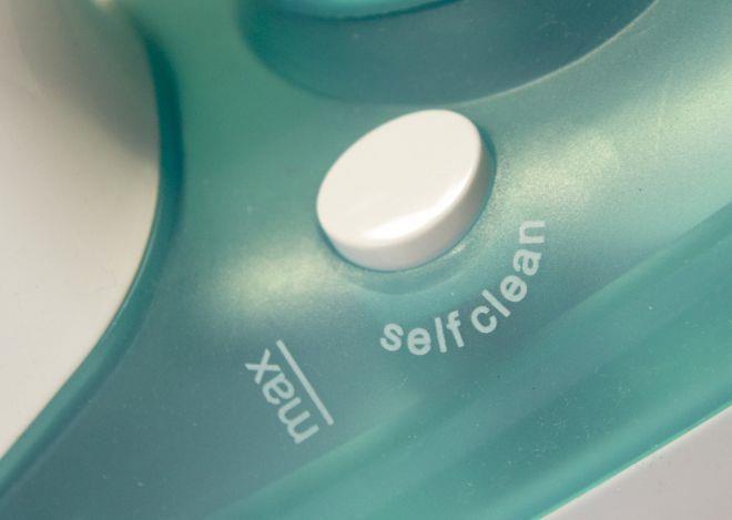 функция самоочистки утюга