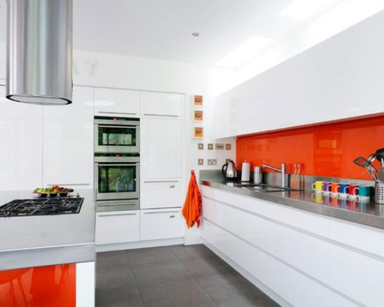 the-luxury-all-white-kitchen-built-in-microwave-oven-stacking-with-stainless-chimney-and-simple-gas-stove