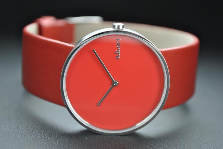 Модные часы без цифровой шкалы