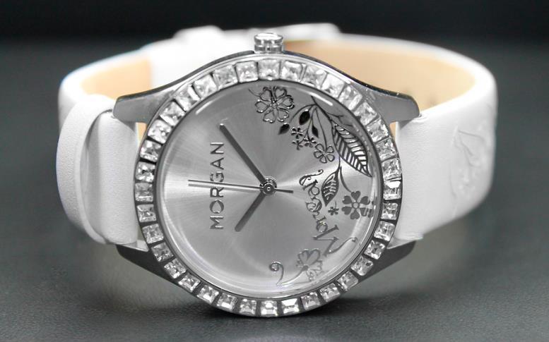 Часы в стиле Fashion