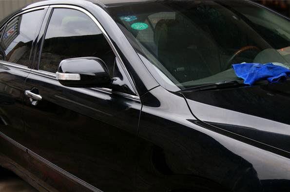 Восковое покрытие автомобиля