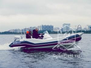 РИБ лодка с жестким дном