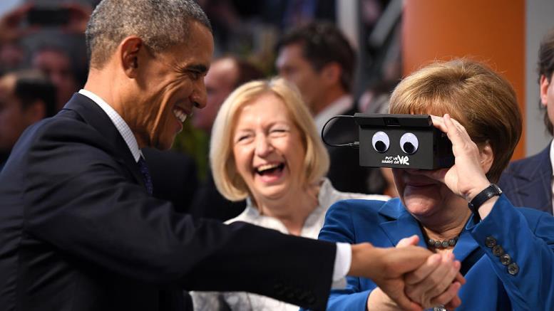 Ангела Меркель очки виртуальной реальности