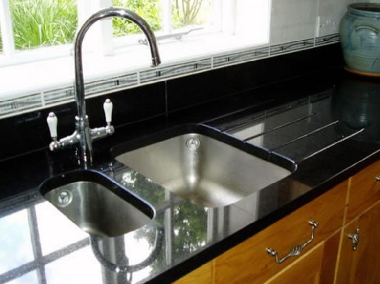 kitchen-furniture-interior-ideas-double-kitchen-sinks-best-undermount-kitchensink-and-black-ceramic-countertop-concept-design-kitchen-sink-designs-interesting-concept-design-for-undermount-kitchen-si