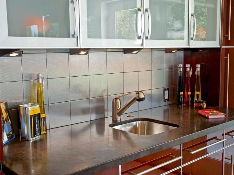 dp_danenberg-design-palo-alto-asian-modern-kitchen-sink-cabinetry_s4x3-jpg-rend-hgtvcom-1280-960