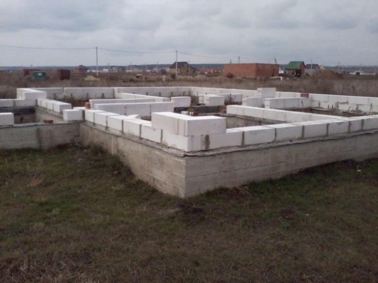Фундамент дома из пеноблоков