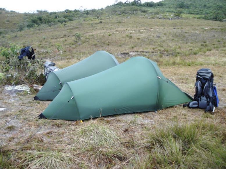 Палатка в форме полубочки