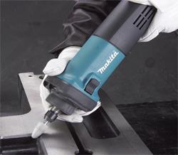 Насадки для профессиональных агрегатов позволяют производить обработку не только древесины, но и стекла, металла