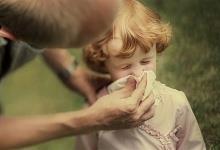 Выбираем соплеотсос. Как очистить нос ребенку?