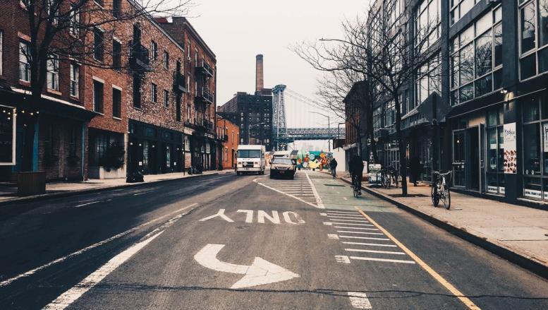 Как переехать в Нью-Йорк? Часть вторая: зарплата, офис и жилье