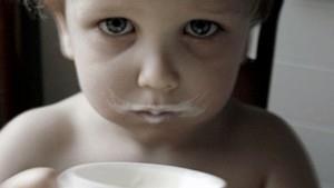 Ребенок отказывается пить кефир