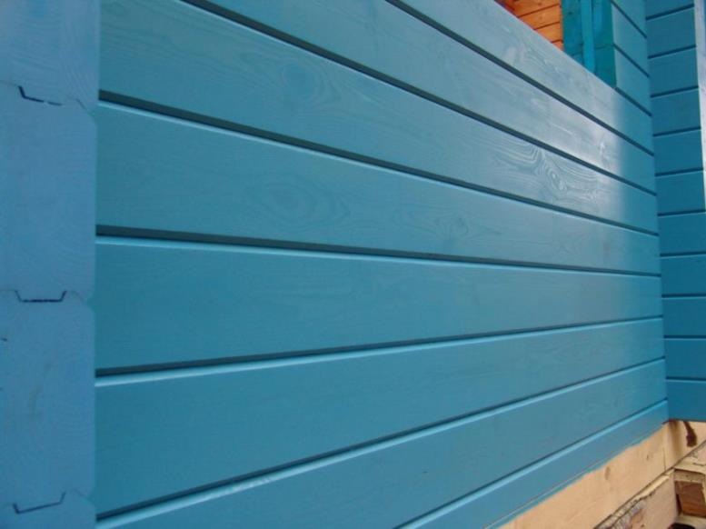 Покраска фасада дома маслянной краской