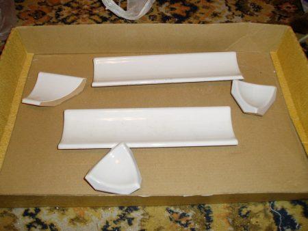 Подготовленный керамический бордюр
