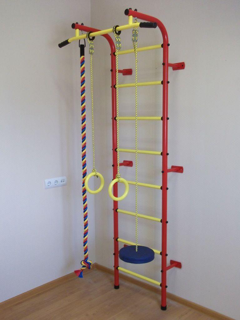 Пример детского спорт комплекса с кольцами и лестницей
