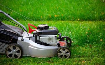 Какую газонокосилку выбрать, бензиновая роторная газонокосилка