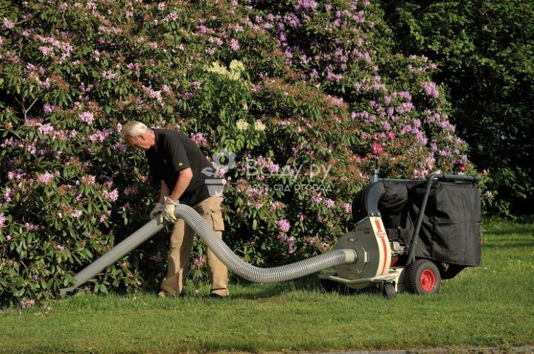 Техника для уборки сада
