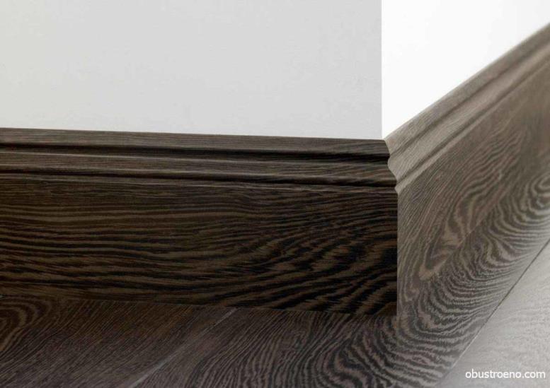 Галтели с деревянными полами